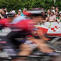18.06.2019; Arlesheim; Radsport - Tour de Suisse 2019; 4.Etappe: Murten - Arlesheim; Feature Durchfahrt der Fahrer beim Start - Zuschauer, Fans (Andy Mueller/freshfocus)