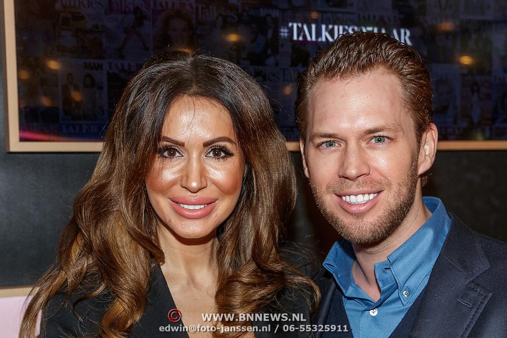 NLD/Amsterdam/20190124 - Inloop 25-jarig jubileum Talkies Magazine NL., Tamara Elbaz en partner Hans Spee