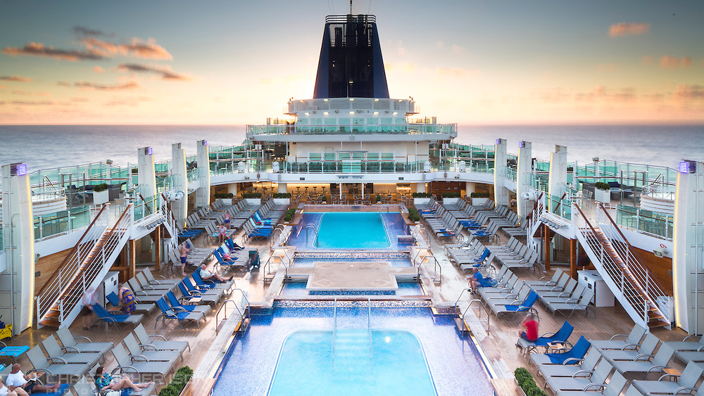 The sun rises as P&O Cruises' flagship Britannia sails in the Caribbean.<br /> Picture date: Thursday January 21, 2016.<br /> Photograph by Christopher Ison ©<br /> 07544044177<br /> chris@christopherison.com<br /> www.christopherison.com