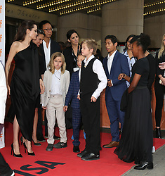 September 12, 2017 - Toronto, Canada - ANGELINA JOLIE WITH HER CHILDREN VIVIENNE, KNOX, SHILOH, PAX AND ZAHARA - RED CARPET OF THE FILM 'FIRST THEY KILLED MY FATHER' - 42ND TORONTO INTERNATIONAL FILM FESTIVAL 2017 (Credit Image: © Visual via ZUMA Press)