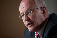 24 AUG 2009, BERLIN/GERMANY:<br /> Volker Kauder, CDU, CDU/CSU Fraktionsvorsitzender, waehrend einem Interview, in seinem Buero, Jakob-Kaiser-Haus, Deutscher Bundestag<br /> IMAGE: 20090824-01-011