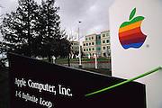 Apple computer Inc., Cupertino, California; Silicon Valley. (1999).