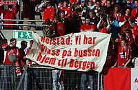 Fotball tippeligaen 05.06.06 Rosenborg - brann 0-0<br /> Illustrasjon, supportere, plakat, Thorstein Helstad<br /> Foto: Carl-Erik Eriksson, Digitalsport
