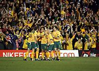 Fotball, 16.november 2004, Privatlandskamp, Norge - Australia ,  Australia julber etter scoring ved blant annet Lucas Neill, Tim Cahill og Tony Vidmar, jubel ,
