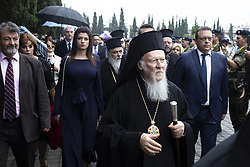 September 30, 2018 - Thessaloniki, Greece - Patriarch Bartholomew visits Thessaloniki Allied Cemetery (Zeitenlik) , Greece, on 30 September 2018 for the 100th anniversary of the end of the WWI. Zeitenlik Allied cemeteries in Thessaloniki, Greece is the largest necropolis in Greece with 20.000 soldiers buried there, most of them are the 8089 French and 7500 Serbians. Along with the Patriarch was Patriarch Irinej of Serbia and Greek politicians. (Credit Image: © Nicolas Economou/NurPhoto/ZUMA Press)