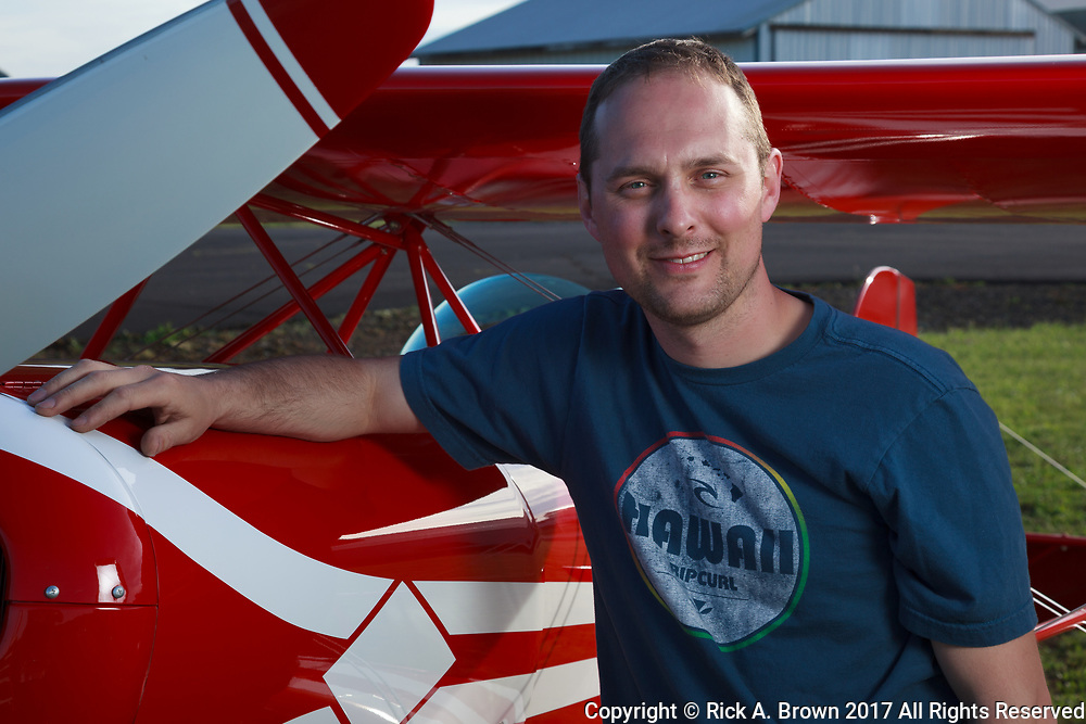 Tony Horvath of Specialty Aero with the Pitts he just completed.