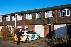 © Licensed to London News Pictures. 18/01/2017. AYLESBURY, UK.  Police remain at the scene in Brompton Close, Aylesbury where a 26 year old man was stabbed on Monday evening. He died in hospital the next day (Tuesday). An 18 year old man has been arrested on suspicion of murder and remains in custody.  Photo credit: Cliff Hide/LNP