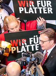 25.02.2018, Innsbruck, AUT, Landtagswahl in Tirol 2018, im Bild Spitzenkandidat Guenther Platter (OeVP) während der TV Runde // during TV Statements for the State election in Tyrol 2018. Innsbruck, Austria on 2018/02/25. EXPA Pictures © 2018, PhotoCredit: EXPA/ JFK