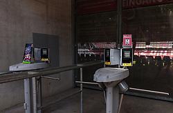 THEMENBILD - Aussenansicht der Red Bull Arena Salzburg, Zugangskontrolle mit Drehkreuze, Stadion des FC Red Bull Salzburg, aufgenommen am 02. Mai 2018 in Salzburg, Österreich // Exterior View of the Red Bull Arena, Access control with turnstiles, Homestadium of FC Red Bull Salzburg in Salzburg, Austria on 2018/05/02. EXPA Pictures © 2018, PhotoCredit: EXPA/ JFK