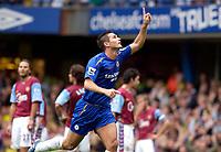 Photo: Daniel Hambury.<br />Chelsea v Aston VIlla. The Barclays Premiership.<br />24/09/2005.<br />Chelsea's Frank Lampard celebrates his first goal.