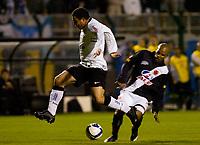 20090603: RIO DE JANEIRO, BRAZIL - Corinthians vs Santos FC – Semi Finals: Brazilian Cup 2009. In picture: Ronaldo (Corinthians) and Amaral (Vasco). PHOTO: CITYFILES