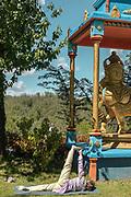 Altare, Liguria, Matha Gitananda Ashram, Monastero induista tradizionale. seduta di Yoga della mattina