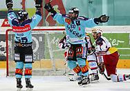 24.03.2011, Rapperswil-Jona, Eishockey NLA Playout, Rapperswil-Jona Lakers - HC Ambri-Piotta, Brandon Reid (l) und Loic Burkhalter (LAK) jubeln nach dem 1:1  (Thomas Oswald/hockeypics)