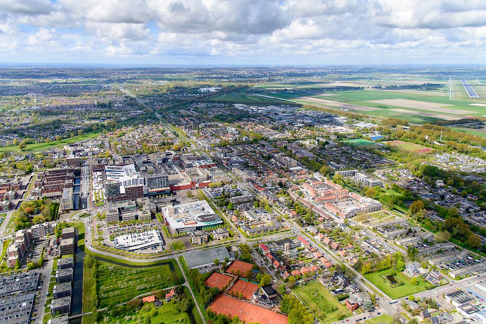 Nederland, Noord-Holland, Gemeente Haarlemmermeer, 28-04-2017; Hoofddorp, overzicht zuidoosten.<br /> Overview Hoofddorp.<br /> luchtfoto (toeslag op standard tarieven);<br /> aerial photo (additional fee required);<br /> copyright foto/photo Siebe Swart