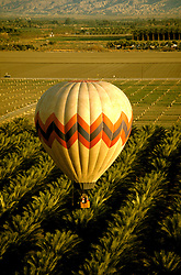 California: Palm Springs.  Ballooning.  Photo #: capalm105..Photo copyright Lee Foster, 510/549-2202, lee@fostertravel.com, www.fostertravel.com