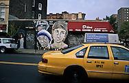 New York.  lady Di and mother Theresa. murals paintings, Manhattan New York  Usa   /  peintures murales, lady Di et mere Theresa. Manhattan  New York  USa