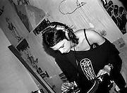 Asia Argento DJ London 2005