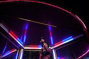"transvestite show in ""Finalmente"" bar"