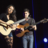 Rodrigo Y Gabriela performing live at Manchester Apollo, 2014-12-02