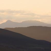 Misty Sunrise Kerry Mountains, Soutwest Ireland / kr037