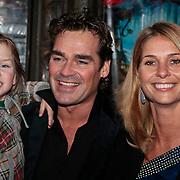 NLD/Amsterdam/20100130 - Filmpremiere de Prinses en de Kikker, Jeoren van der Boom, partner Dani de Wit en kinderen Daan en Luuk
