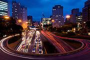 Sao Paulo_SP, Brasil...Vista panoramica de uma avenida em Sao Paulo...The panoramic view of the avenue in Sao Paulo...Foto: MARCUS DESIMONI /NITRO