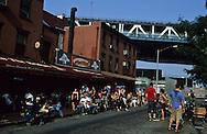 New York. Brooklyn. DUMBO area, dance and music under Manhattan bridge New York  Usa   /   Dumbo, dance and music guinguette  sous le pont de Manhattan New York  USa
