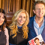 NLD/Amsterdam/20170201 -  Lancering All You Need Is Love Magazine, Robert ten Brink en partner Roos Cialona en Wendy van Dijk