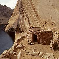 UTAH, Lake Powell.  Defiance House, an Anasazi ruin in Forgotten Canyon.