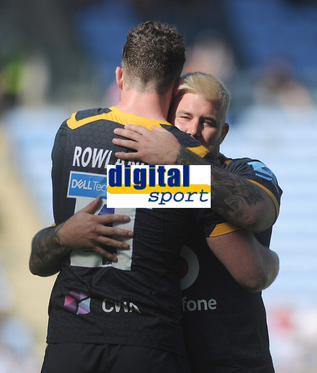 Rugby Union - 2020 / 2021 Gallagher Premiership - Round 22 - Wasps vs Leicester Tigers - Ricoh Stadium<br /> <br /> Will Rowlands and Kieran Brookes of Wasps embrace, after playing their last game for the club<br /> <br /> Credit : COLORSPORT/Andrew Cowie