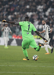 October 25, 2017 - Turin, Italy - Alfred Gomis during Serie A match between Juventus v Spal, in Turin, on october 25, 2017  (Credit Image: © Loris Roselli/NurPhoto via ZUMA Press)