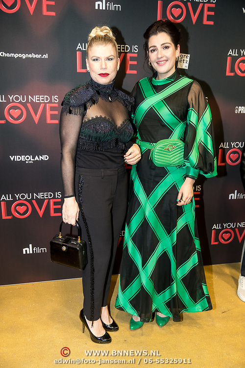 NLD/Amsterdam/20181126 - premiere All You Need Is Love, Anne-Marie Jung en Tina de Bruin