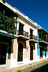 Caribbean, Puerto Rico, old San Juan architecture, Photo: crudaw105 .Photo Copyright: Lee Foster, (510) 549-2202, lee@fostertravel.com, www.fostertravel.com