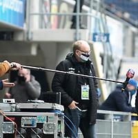 18.10.2020, Benteler-Arena, Paderborn, GER, 2.FBL, SC Paderborn vs Hannover 96, im Bild Kenan Kocac (Cheftrainer Hannover 96) im Interview vor dem Spiel, <br /><br /><br />Foto © nordphoto / Rauch<br /><br />Gemäß den Vorgaben der DFL Deutsche Fußball Liga bzw. des DFB Deutscher Fußball-Bund ist es untersagt, in dem Stadion und/oder vom Spiel angefertigte Fotoaufnahmen in Form von Sequenzbildern und/oder videoähnlichen Fotostrecken zu verwerten bzw. verwerten zu lassen.