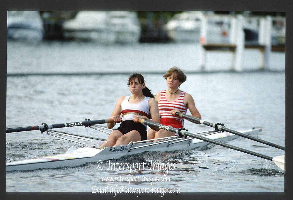 Henley, England,  W2X,   Stroke Susanne KIRK and Andria  GRUMDITCH 1990 Women's Henley Regatta, Henley Reach, River Thames Oxfordshire <br /> <br /> <br /> [Mandatory Credit; Peter Spurrier/Intersport-images]