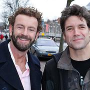 NLD/Leiden/20111210 - Premiere Help ik heb mijn vrouw zwange gemaakt, Kluun, Raymond van den Klundert en Daniel Boissevain