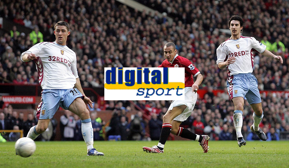 Photo: Paul Thomas.<br /> Manchester United v Aston Villa. The FA Cup. 07/01/2007.<br /> <br /> New Man Utd player Henrik Larsson (C) shoots for goal early on.
