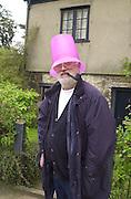 David Kirke. May morning. Oxford. 1 May 2001. © Copyright Photograph by Dafydd Jones 66 Stockwell Park Rd. London SW9 0DA Tel 020 7733 0108 www.dafjones.com