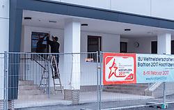 """02.11.2016, Biathlonarena, Hochilzen, AUT, IBU Weltmeisterschaft Biathlon, Hochfilzen, Pressekonferenz 100 Tage, im Bild Arbeiter beim letzten Ausbesserungsarbeiten am neuen Zielgebäude // Workers at the last repair work on the new Finish Line building during a Pressconference """"100 Days"""" in front of the IBU Biathlon World Championships 2017 at the Biathlonarena, Hochfilzen, Austria on 2016/11/02. EXPA Pictures © 2016, PhotoCredit: EXPA/ JFK"""