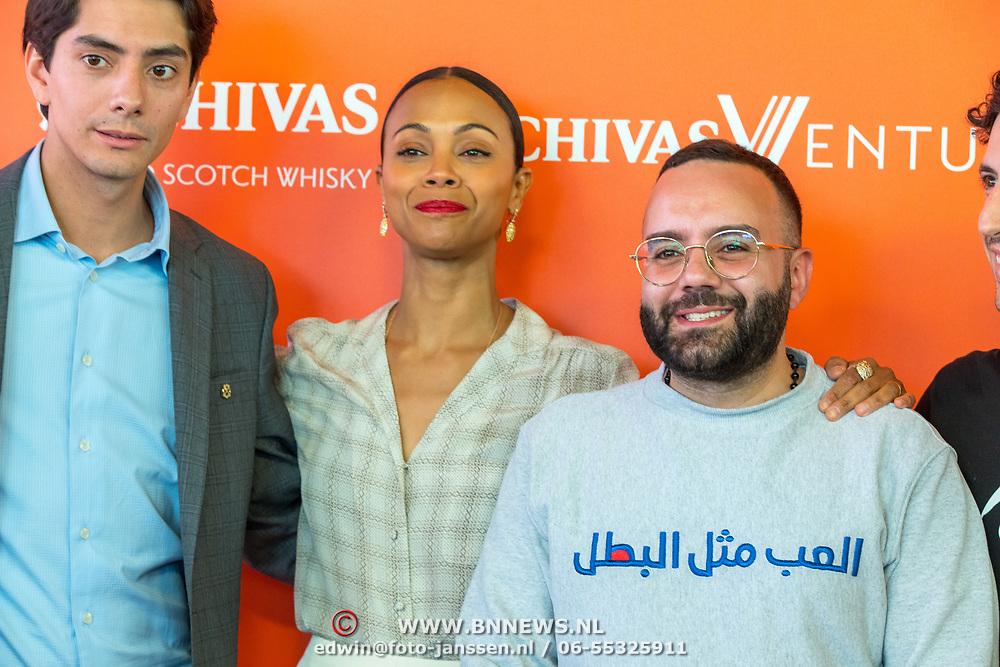 NLD/Amsterdam/20190509 -  Zoe Saldana bij finale van de Chivas Venture, Tey El-Rjula en Zoe Saldana en Javier Larragoiti