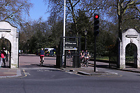 London during the Lockdown photo by   <br /> Roger Alarcon