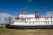 "Iowa USA, IA. Sioux City, The ""Sergeant Floyd"" steamboat on the banks of the Missouri river. Now used as a welcome center to Iowa and a museum in Sioux City. Exterior of the grounded boat November 2006"