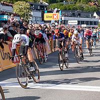 Edvald Boasson Hagen og Alexander Kristoff krysser mål i spurten under Tour of Norway sykkelritt etappe 2: Kvinesdal - Mandal.