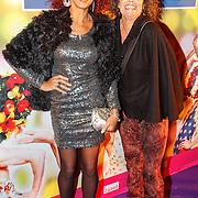 NLD/Amsterdam20151111 - Premiere Priscilla, Queen of the Desert, Chimene van Oosterhout en vriendin