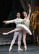 3/14/2008 -- GASTON DE CARDENAS/EL NUEVO HERALD -- Jose Manuel Carreno as Prince Desire and Julie Kent Princess Aurora during a Grand Pas de Deux in the performance of 'Sleeping Beauty' at the Ziff Ballet Opera House.