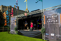 TR5   live at the picnic at the castle,Warwick Castle photo by BMark anton smith