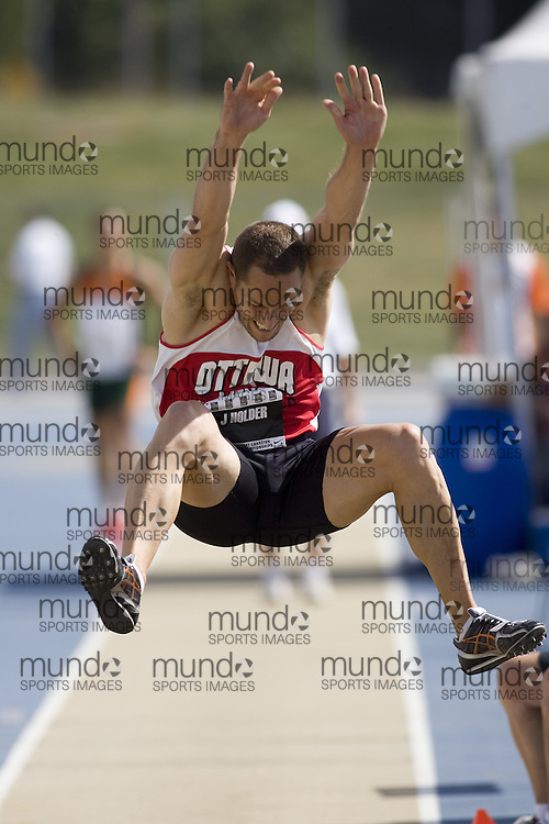 12 July 2007 (Windsor--Canada) -- The 2007 Canadian National Track and Field Championships... James Holder competing in the decathlon long jump.