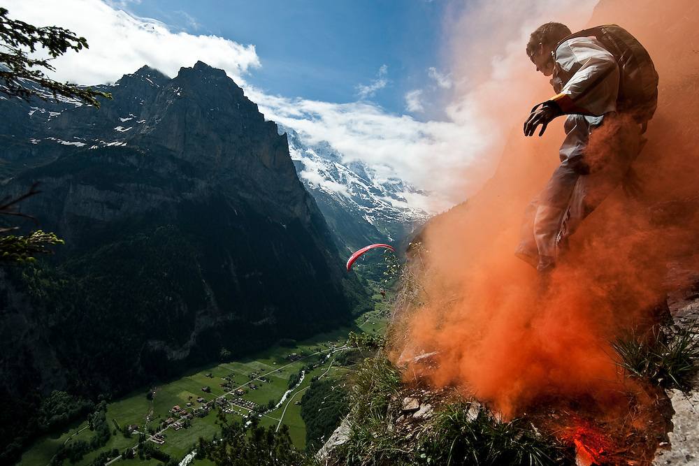 DAY 6 - THURSDAY, RIDER: SAM DAVEN (SUI) HANGGLIDING, SPORT: BASE JUMP, STYLE: LIFESTYLE > SOG09, TEAM SWITZERLAND: NBFLYERS