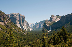 Yosemite Valley from Tunnel Viewpoint, Yosemite National Park, California, USA.  Photo copyright Lee Foster.  Photo # california122300