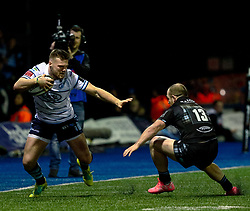 Owen Lane of Cardiff Blues under pressure from Nick Grigg of Glasgow Warriors<br /> <br /> Photographer Simon King/Replay Images<br /> <br /> Guinness PRO14 Round 15 - Cardiff Blues v Glasgow Warriors - Saturday 16th February 2019 - Cardiff Arms Park - Cardiff<br /> <br /> World Copyright © Replay Images . All rights reserved. info@replayimages.co.uk - http://replayimages.co.uk
